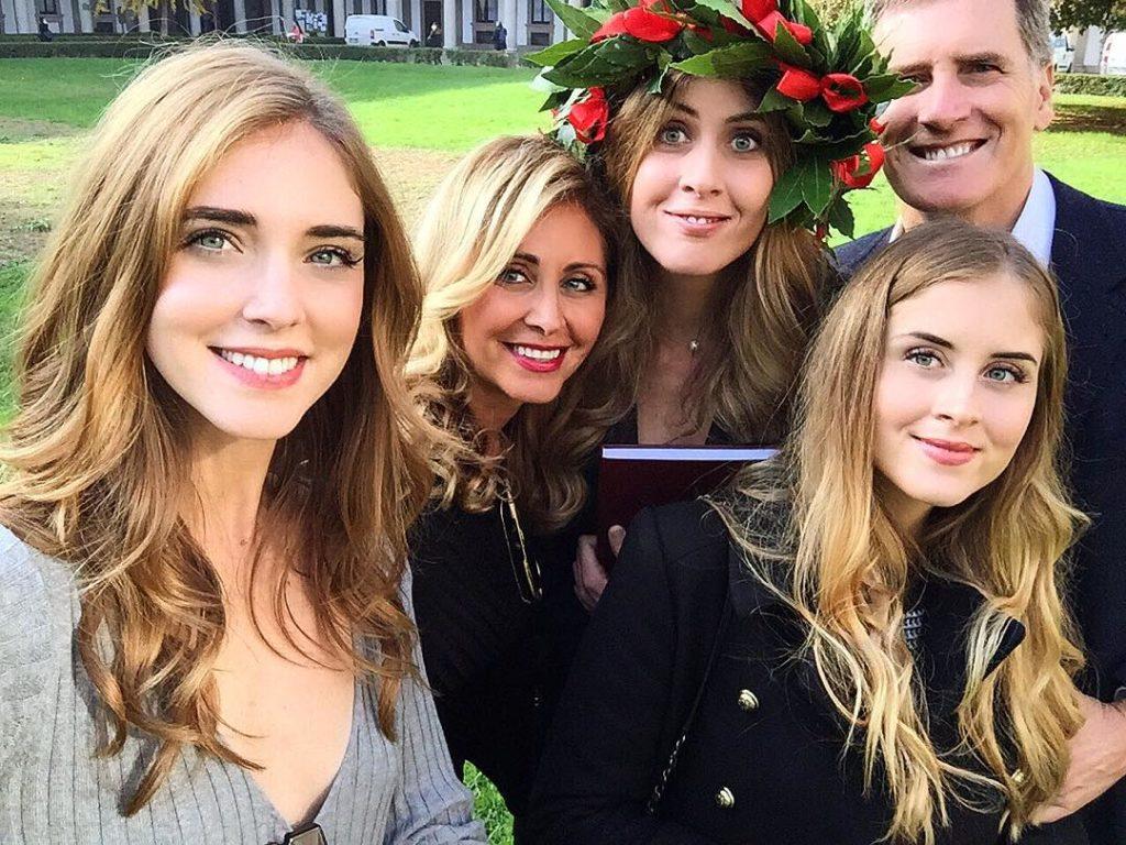 chiara ferragni famiglia foto sorella instagram