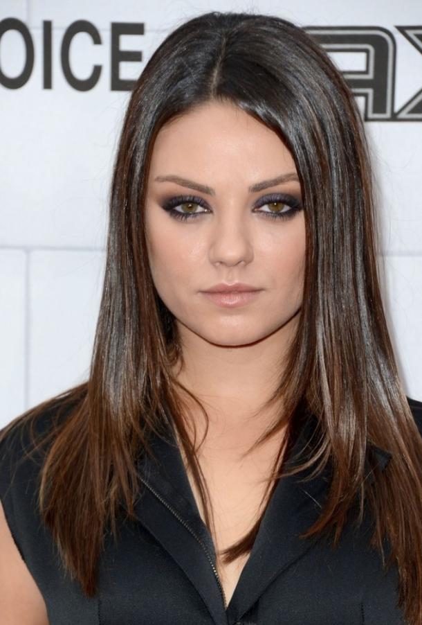 Mila Kunis attrice cigno nero senza trucco