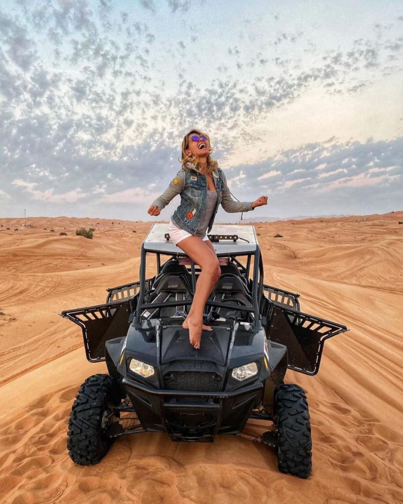 barbara d'urso foto vacanza dubai instagram critiche