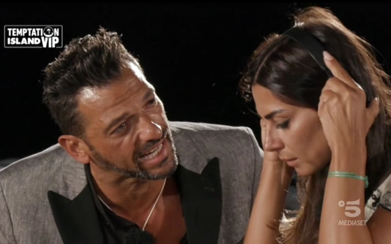 Pago e Serena Enardu si sono lasciati: