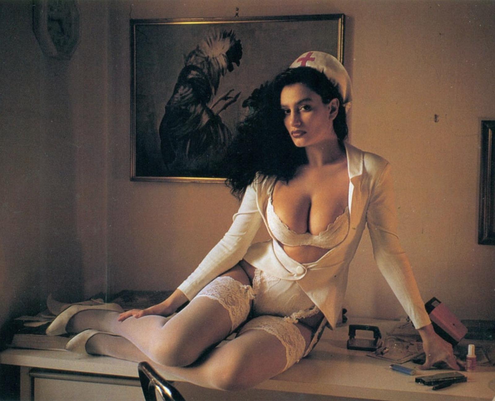 Angela Cavagna, com'è oggi la mitica infermiera della tv: età, altezza, peso, ex marito, nuova vita, le nozze