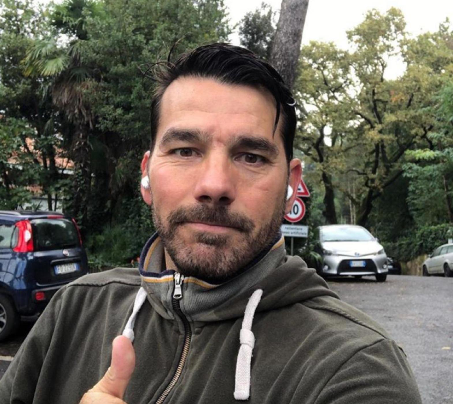 Roberto Anselmi Fiacchini figlio adottivo renato zero età altezza moglie figli