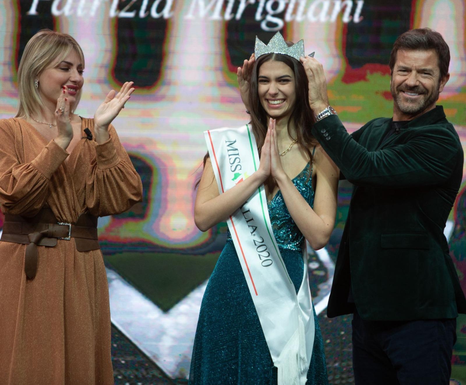 miss italia 2020 martina sambucini eta altezza peso fidanzato