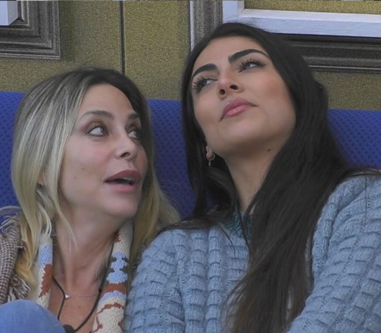 """""""Voglio baciarti"""". Sorpresa Giulia Salemi al GF Vip: glielo dice così. Ma non è Pierpaolo"""