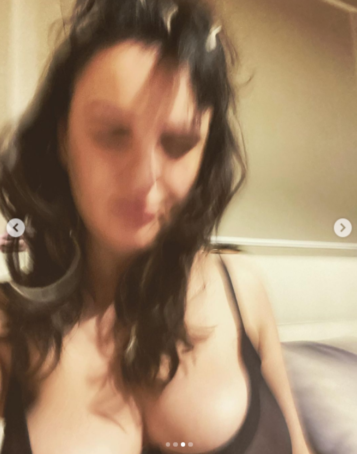 arisa foto instagram fisico reggiseno