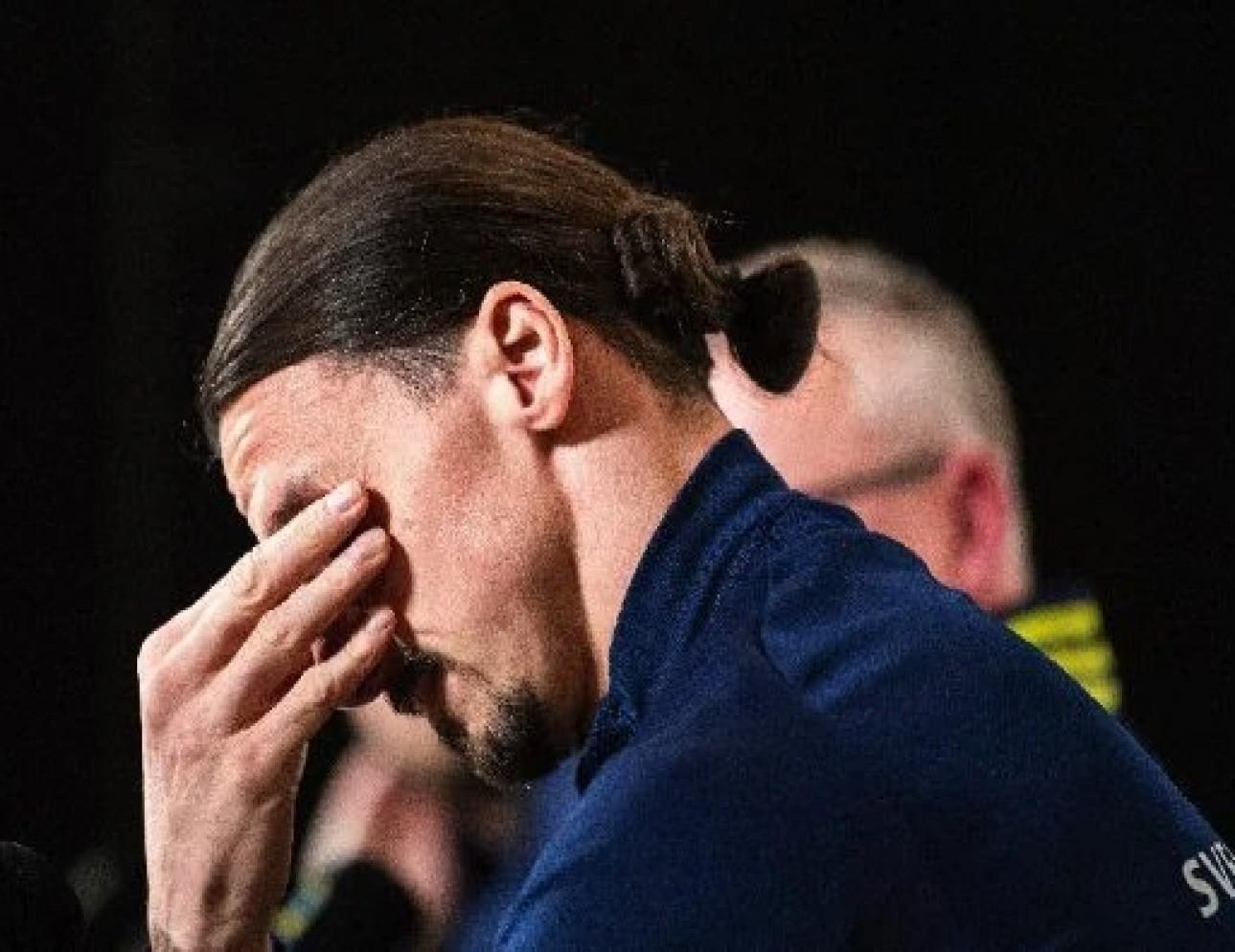 Zlatan Ibrahimovic figlio piange lacrime conferenza stampa