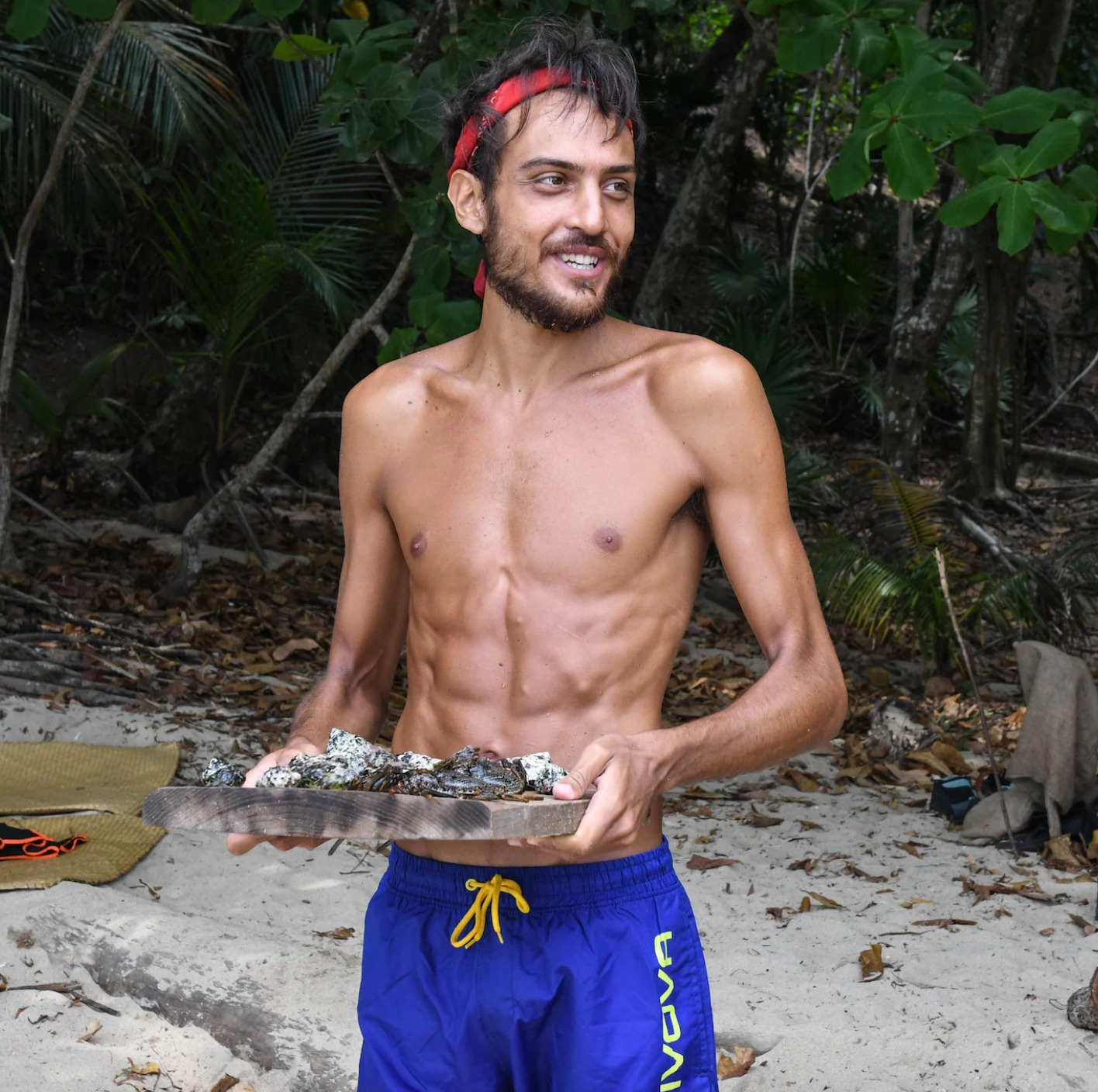 isola dei famosi concorrenti dimagriti quanti chili