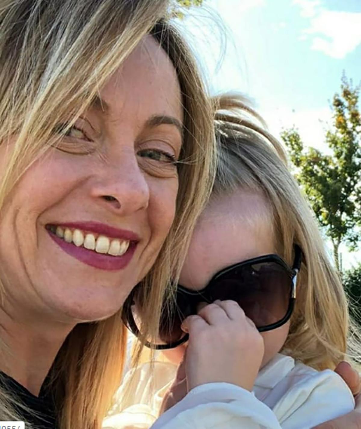 giorgia meloni commossa lacrime intervista verissimo figlia