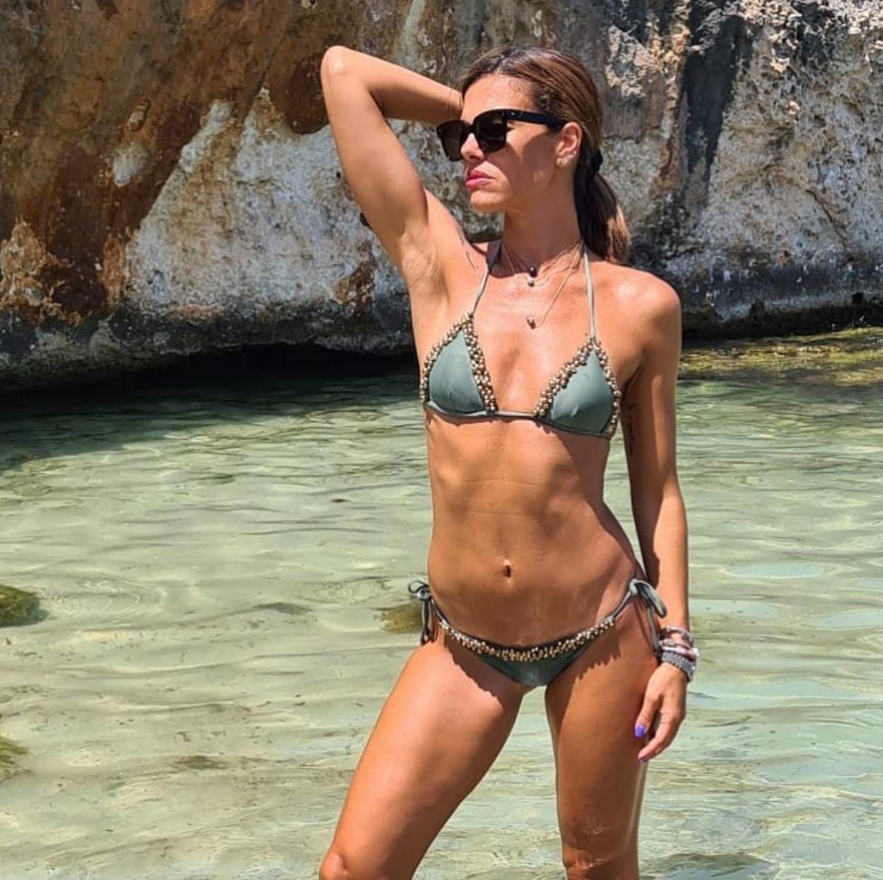bianca guaccero mare fisico bikini linea