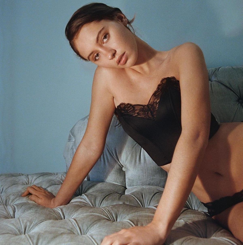 iris law figlia modella jude law età mamma foto