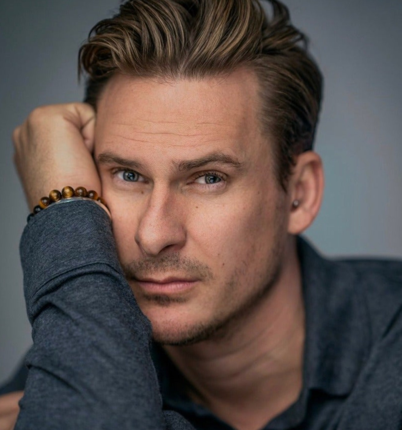 lee ryan cantante blue coming out