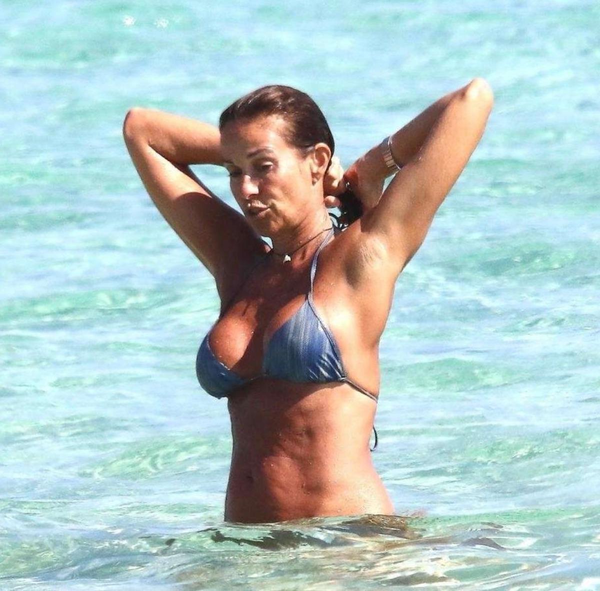 cristina parodi fisico bikini foto benedetta parodi