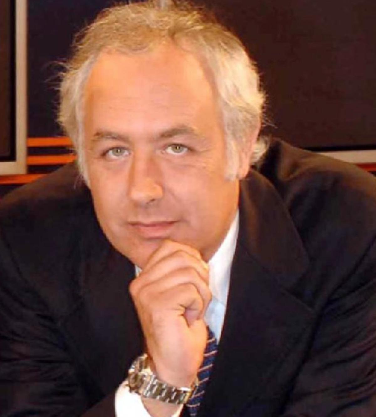lutto tg 5 canale 5 morto giornalista gianluigi gualtieri